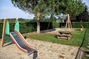 L' aire de jeux pour enfants